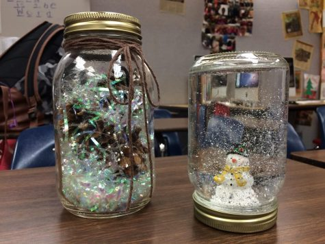 How to Create a Snow Globe for the Holidays