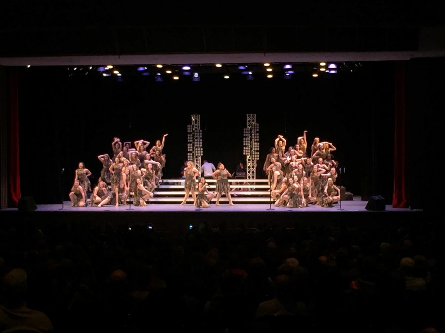 Choirs Prepare for Upcoming Show Choir Season with a Preview Show