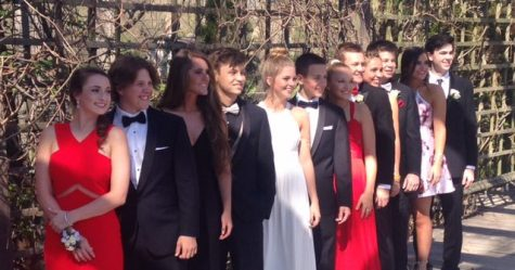 Junior Class Council Prepares for Prom Day