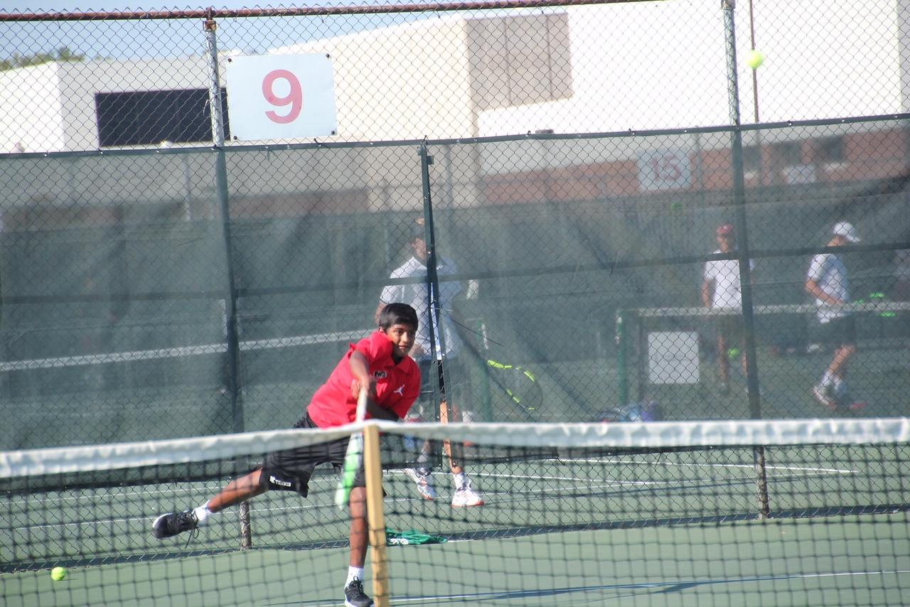 Mahenthiran plays no. 3 singles on varsity. Mahenthiran played the same position his freshman year.