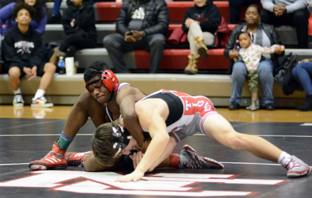 Wrestling+team+competes+in+the+Metropolitan+Interscholastic+Conference+Championship
